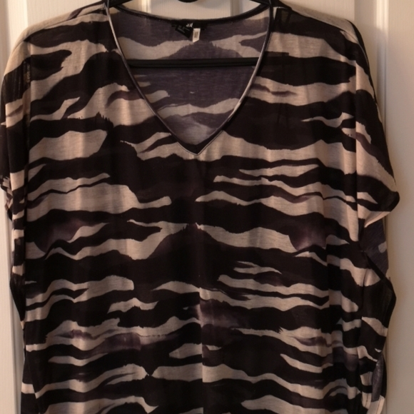 H&M Tunic XL Zebra stripes